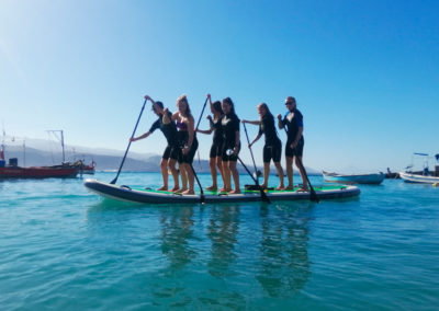 Paddle board group